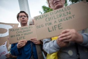 State restricts protest on disability benefits