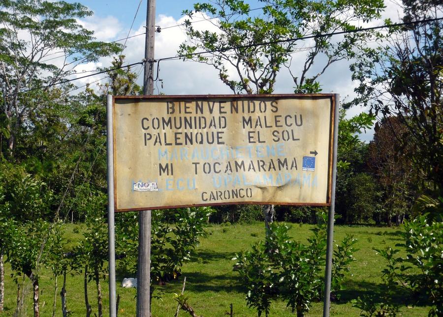Ataques violentos contra tres comunidades indígenas