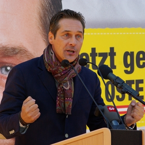 Austrian government moves to undermine independent media