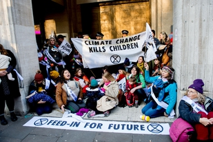 Extinction Rebellion climate activists face heavy policing