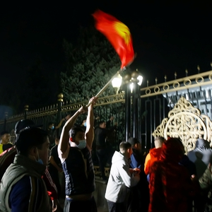 Post-election protests plunge Kyrgyzstan into crisis