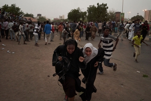 Protests in Sudan continue amid crackdown and internet blackout