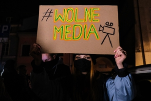 Government attempts to muzzle independent media by controversial anti-TVN law