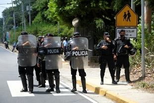 Nicaragua: cierran cuarenta y cinco organizaciones de la sociedad civil en un mes