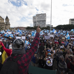 Mass protests against reduced budget for social policies in Guatemala