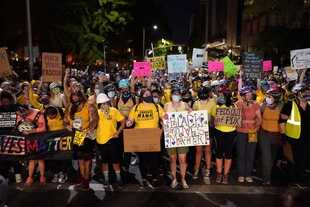 Black Lives Matter protests continue despite escalating tensions as federal troops deployed