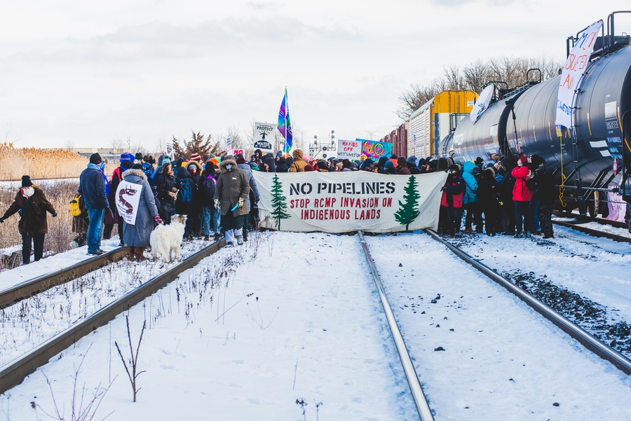 Canada: Natural gas pipeline project on Wet'suwet'en territory sparks national protests