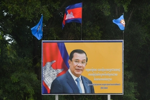 Hun Sen increases restrictions on media and online expression in Cambodia ahead of elections