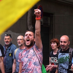 Police arrested nine people linked to pro-Catalan independence groups