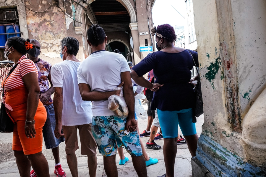 Cuba reacts swiftly to popular song criticising revolution