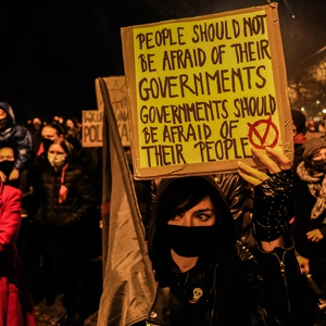 Government stalls near abortion ban; while women protest leaders face threats to their safety