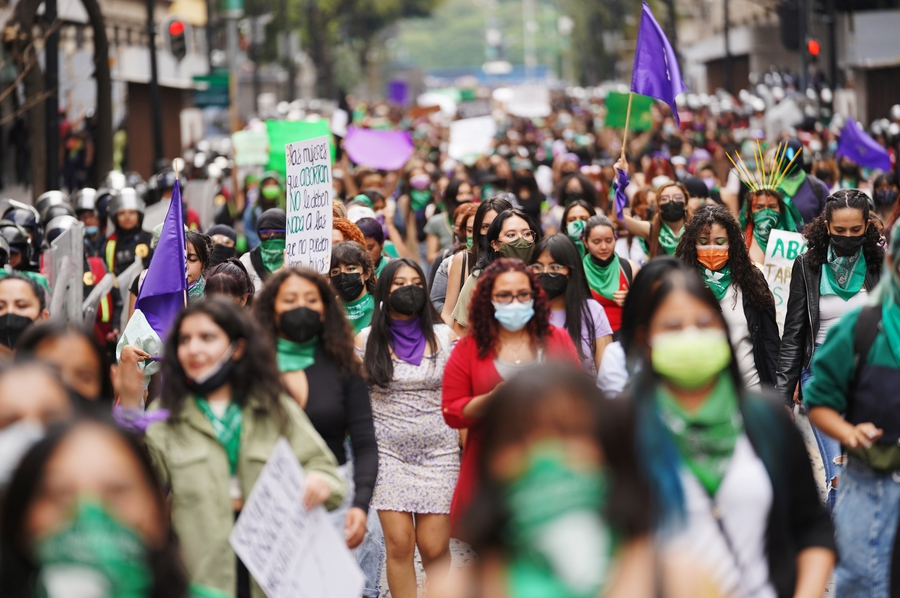 Mexico: Frustration with government takes people to the streets