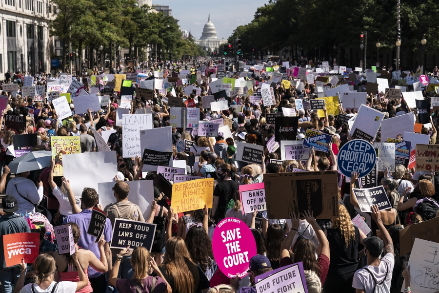 USA: Pro-choice rally sizzles, pro-Trump rally fizzles