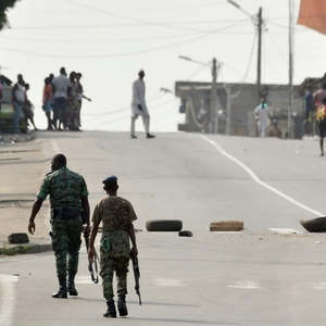 Strikes and protests turn violent in Côte d'Ivoire