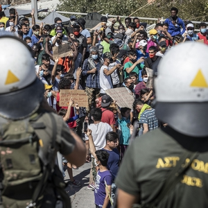 Tensions continue over migrant crisis while media face restrictions