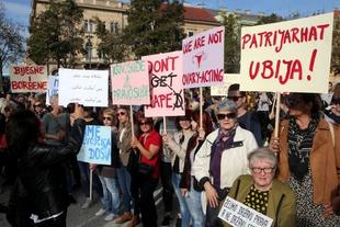 Coarsening online debates stoke concern