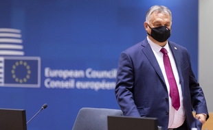 Orbán's government targets LGBTI rights amid the pandemic and bans protests