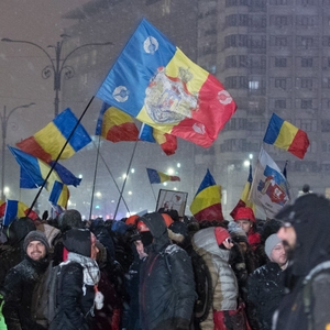 Police charged for unjustified use of violence, as Romanian politicians blame protestors