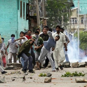 Security forces employ excessive force against protesters in Kashmir